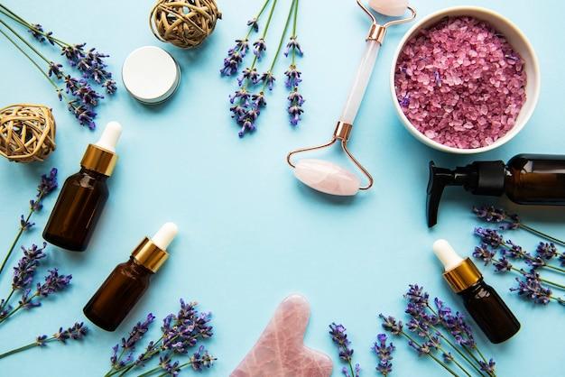 Natürliche bio-spa-kosmetik mit lavendel.