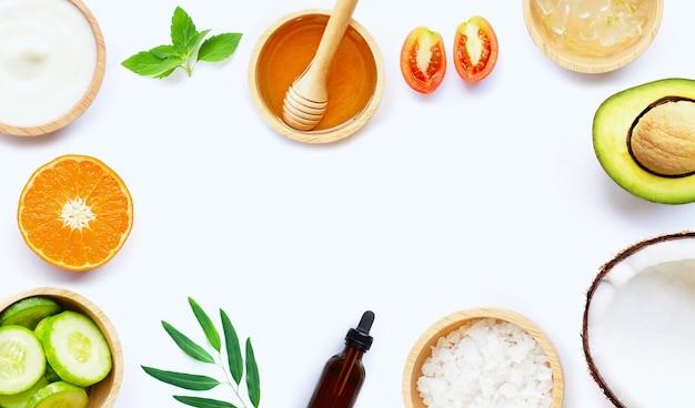 Natürliche inhaltsstoffe für die hausgemachte hautpflege
