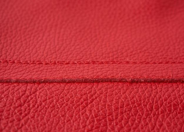 Natürliche leuchtend rote rindsleder-textur, voller rahmen, scharlachrote farbe
