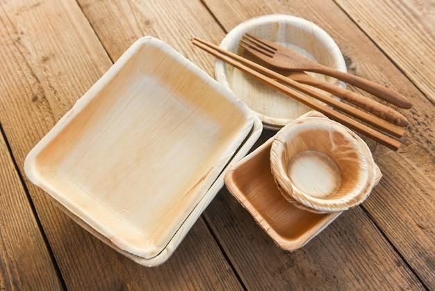 Natürliche umweltfreundliche lebensmittelverpackungen und einwegutensilien