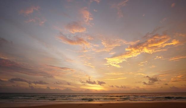 Natur sonnenuntergang wolkenhimmel