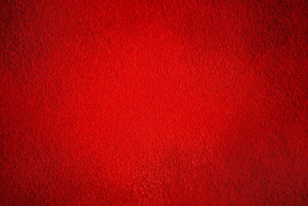 Naturleder von roter farbe. wildleder als hintergrund.