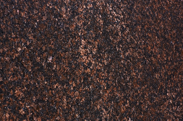 Naturstein von roter farbe, granit balmoral red.