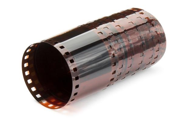 Negativer film der kamera getrennt auf weiß