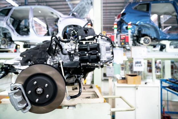 Neue bremsanlage in gefertigten motoren bei montage im servicecenter