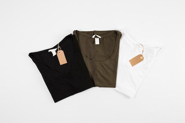 Neue t-shirts in drei farben