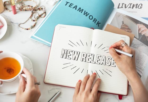 Neuer release neuestes marken-update-konzept
