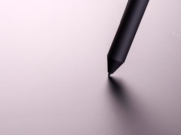 Neues grafiktablett mit dem schwarzen stift