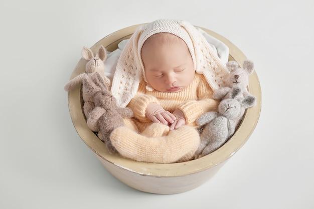Neugeborenes baby 1 monat