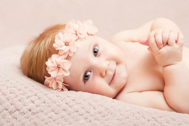 Neugeborenes schönes porträt