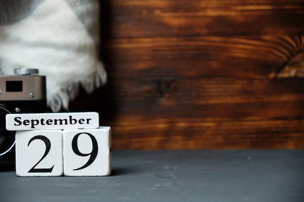Neunundzwanzigster tag des herbstmonats kalender september