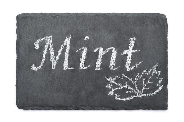Neuwertiges handgeschriebenes beschriftungsschild auf kreidetafel
