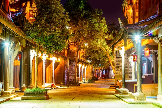 Nightscape alter stadt chengdus, sichuan-provinz, china