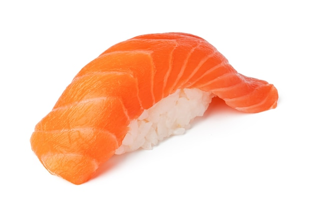 Nigiri-sushi lokalisiert auf weißem hintergrund schließen oben
