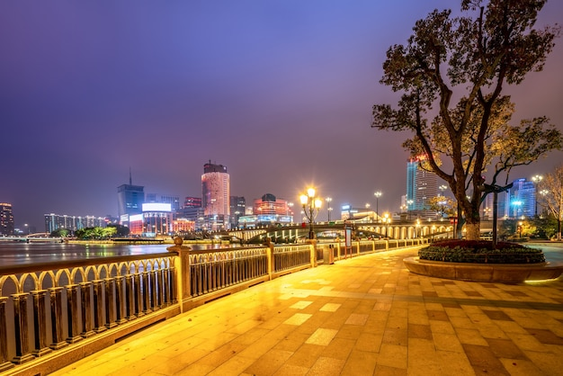 Ningbo stadtzentrum architekturlandschaft nachtansicht