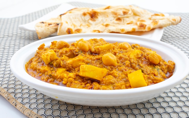 Nordindischer gesunder küche chole paneer