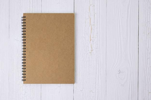 Notebook auf holz