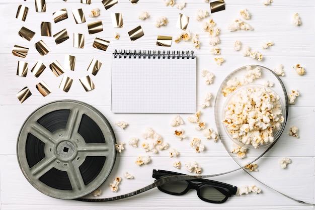 Notizblock in kinoprodukten