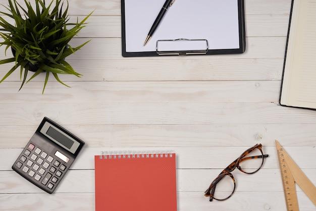 Notizblöcke papier schreibtisch schreibwaren büro