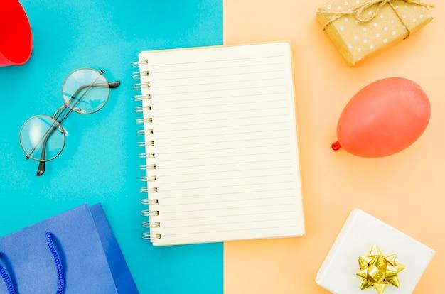 Notizbuch mit geburtstagsgeschenkbox