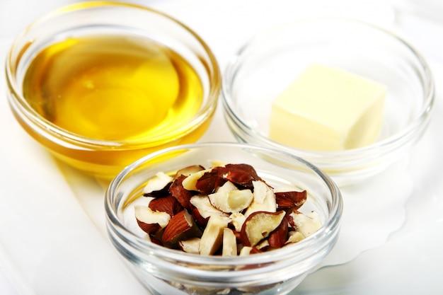 Nüsse und honig
