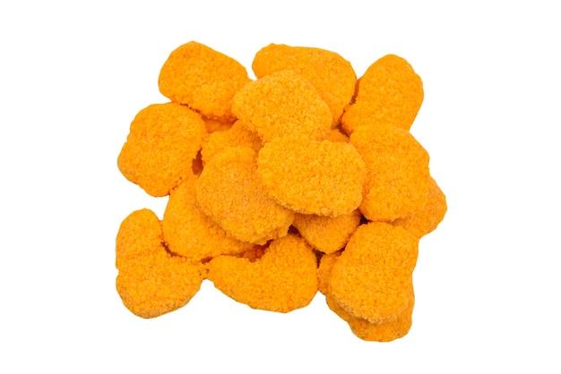 Nuggets isoliert auf weiß.