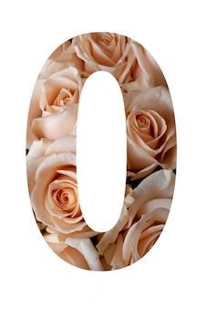 Nummer null der rosenblüten an einer weißen wand,