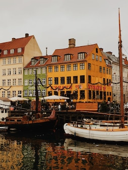 Nyhavn-kanal in kopenhagen