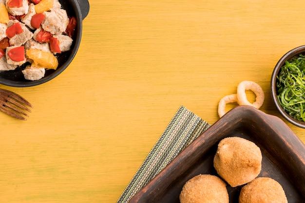 Oben ansicht leckeres brasilianisches essen