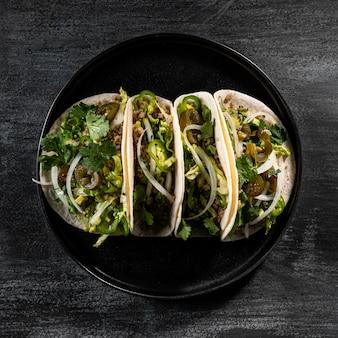 Oben ansicht vegetarische tacos anordnung
