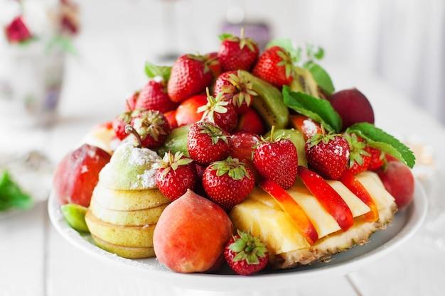 Obst essen dekoration feier catering restaurant bio-servierung