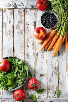 Obst, gemüse und beeren