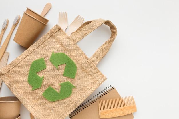 Ökologische tasche mit produkten