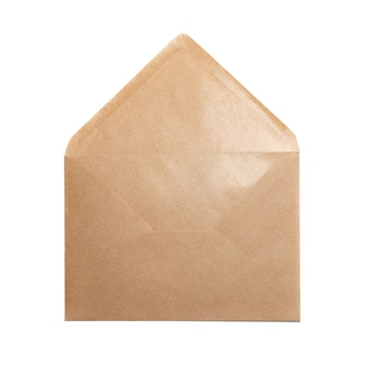 Offener papierumschlag isoliert auf weißem hintergrund