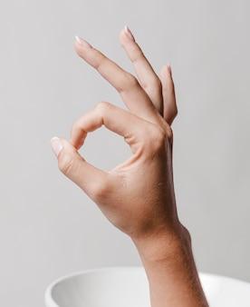 Ok symbol für wasser und seife