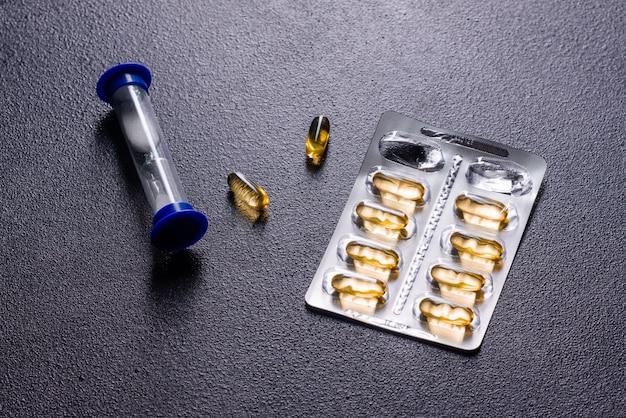 Omega-3-kapseln. nahrungsergänzungsmittel