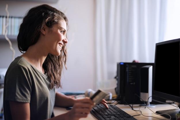 Online bezahlen und einkaufen