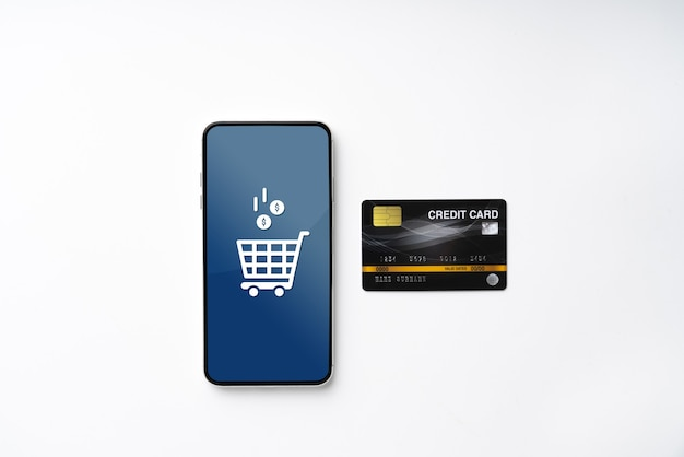 Online-shopping-symbol auf buntem puzzlewürfel Premium Fotos