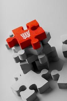 Online-shopping-symbol auf bunten puzzle-würfel