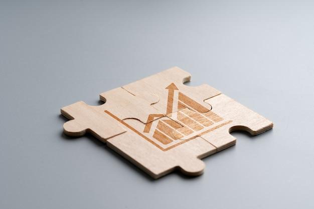 Online-shopping-symbol auf holzpuzzle