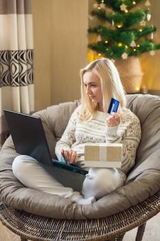 Online-shopping zu weihnachten und silvester