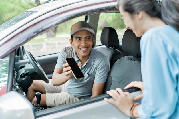 Online-taxi zur unterstützung von smartphone-anwendungen