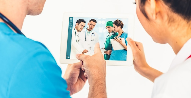 Online-video zum telemedizin-service des arztes für den medizinischen chat zur virtuellen patientengesundheit