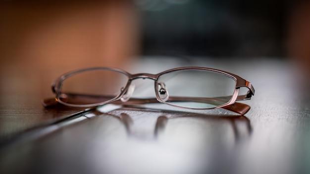 Optische brillenmode für herren
