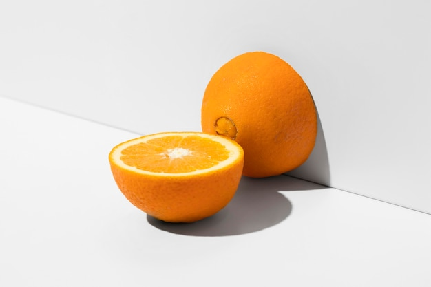 Orange halbiert
