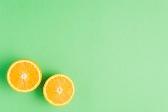 Orange Hintergrund mit großen Exemplar