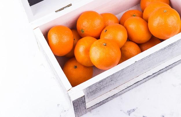 Orange im karton