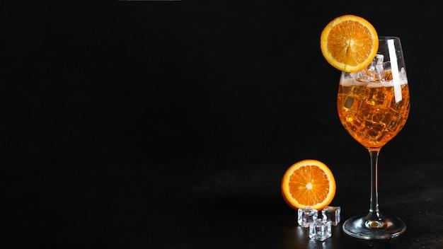 Orange limonade zitrus eis trinken cocktail