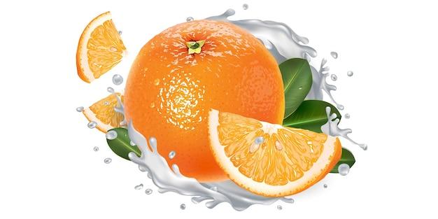 Orange und ein schuss milch oder joghurt.