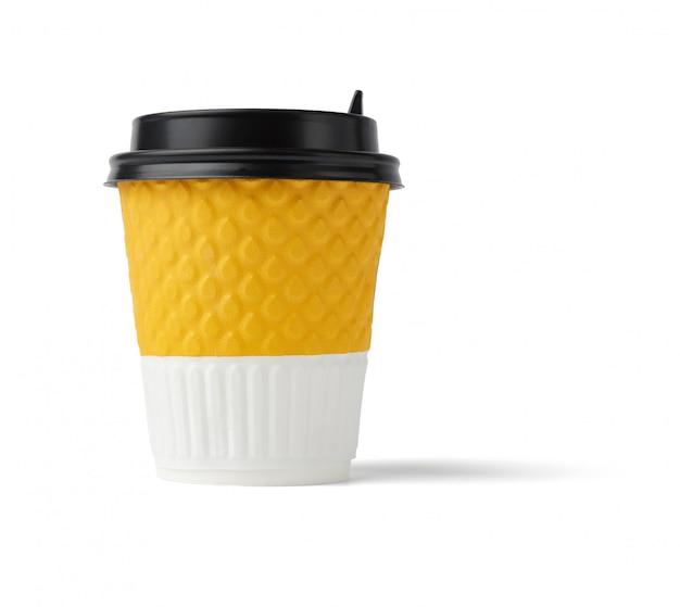 Orange-weißes papierglas mit braunem plastikdeckel für heiße getränke